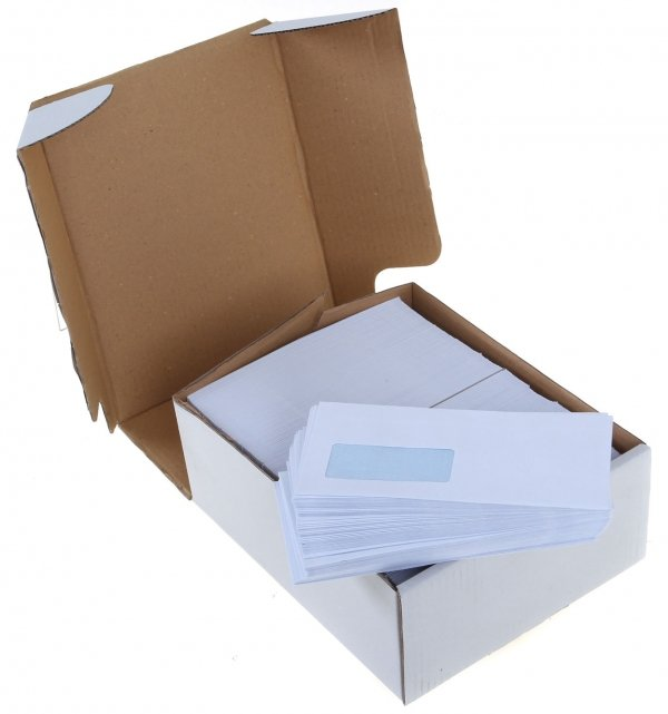 White envelopes in 4 sizes.